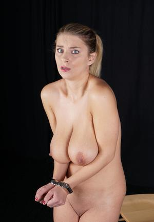 Lesbian milf tribbing young caterer babe - 5 10
